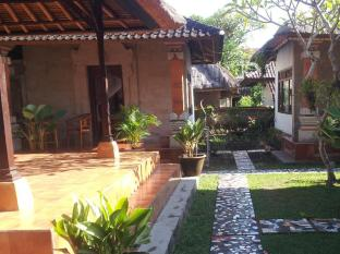 Nyoman Warta Accommodation Bali - Interior hotel