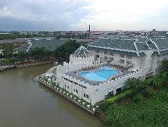 Buddy Oriental Riverside Pakkret Hotel Thailand