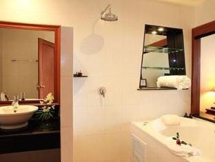 Wabi-Sabi Layalina X'Clusive Beachfront Boutique Resort Phuket プーケット - バスルーム