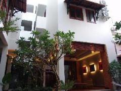Frangipani Fine Arts Hotel | Cambodia Hotels
