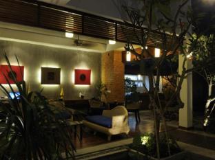 Frangipani Fine Arts Hotel Phnom Penh - Lobby