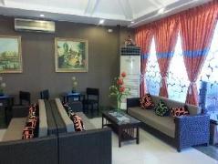 Philippines Hotels | Eurotel Araneta Center Cubao
