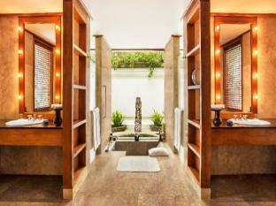 The Oberoi Bali Bali - Villa bathroom