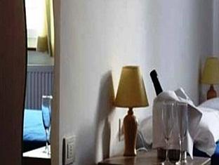 /ja-jp/hotel-cappello-di-ferro/hotel/bolzano-it.html?asq=jGXBHFvRg5Z51Emf%2fbXG4w%3d%3d