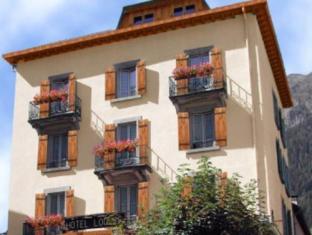 /nl-nl/hotel-du-louvre/hotel/chamonix-mont-blanc-fr.html?asq=vrkGgIUsL%2bbahMd1T3QaFc8vtOD6pz9C2Mlrix6aGww%3d