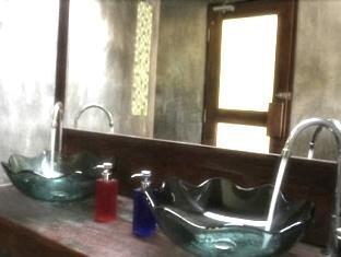 ระเบียงไพร แวลลีย์ นครนายก - ห้องน้ำ