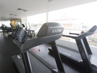 Renuka City Hotel Colombo - Fitness Center