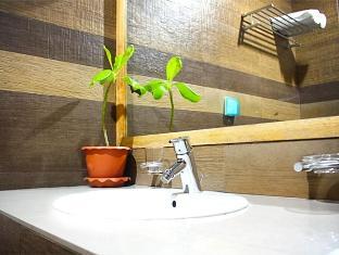 Sunshine Hotel Hulhumale Male City and Airport - Bathroom
