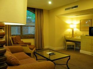 Montevista Villas Angeles / Clark - Executive Suite Villa