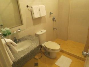 Cherry Blossoms Hotel Manila Manila - Bilik Mandi