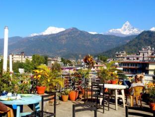 /hotel-grand-holiday/hotel/pokhara-np.html?asq=rj2rF6WEj8aDjx46oEii1CRZQzDtFRD9XHk1jahVPSyqUYHpcVOw3UR9nSdJfL8X