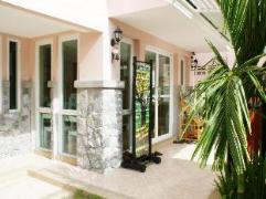 Triple Palms House | Thailand Cheap Hotels