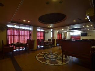 호텔 로얄 쉐라톤