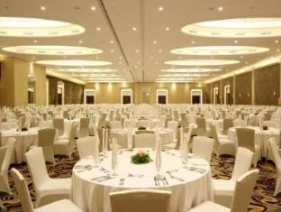 HARRIS Hotel & Conventions Festival CityLink Bandung - Ballroom