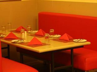 Bell Chennai Chennai - FAMILY TABLE