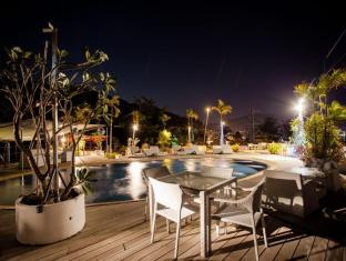 IndoChine Resort & Villas Phuket - Roof Top Pool