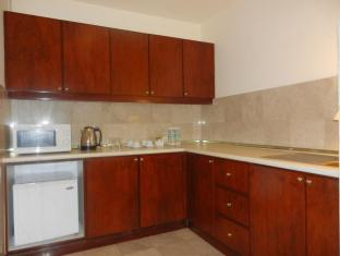 KL Apartment Times Square Kuala Lumpur - 2 Bedroom Brooklyn Suite - Kitchen