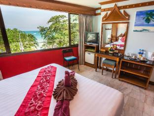 Patong Beach Bed and Breakfast Phuket - Vendégszoba