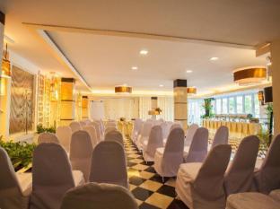 Paradise Hotel Udonthani Udon Thani - Eve Garden B - Theater Style set up