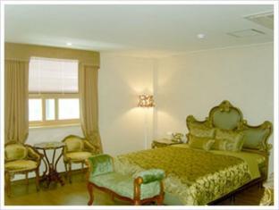 Midas Tourist Hotel Gwangju Metropolitan City - Suite Room