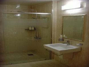 Midas Tourist Hotel Gwangju Metropolitan City - Bathroom