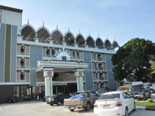 /queen-palace-hotel/hotel/tak-th.html?asq=jGXBHFvRg5Z51Emf%2fbXG4w%3d%3d