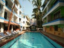 Magnum Resort: swimming pool