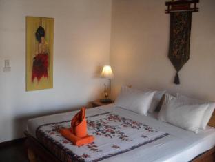 Seapines Villa Liberg Phuket - Pool Side Room