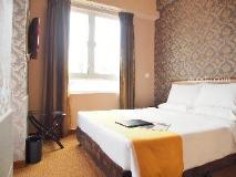 Best Western Hotel Causeway Bay: guest room