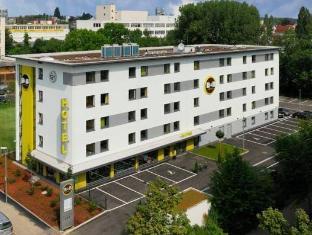 /fi-fi/b-b-hotel-stuttgart-vaihingen/hotel/stuttgart-de.html?asq=vrkGgIUsL%2bbahMd1T3QaFc8vtOD6pz9C2Mlrix6aGww%3d