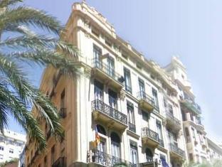 /fi-fi/pension-universal/hotel/valencia-es.html?asq=vrkGgIUsL%2bbahMd1T3QaFc8vtOD6pz9C2Mlrix6aGww%3d