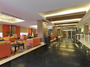 Radisson Hotel Kathmandu Kathmandu - Lobby