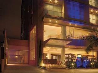 /hu-hu/blue-suites-hotel/hotel/bogota-co.html?asq=5VS4rPxIcpCoBEKGzfKvtE3U12NCtIguGg1udxEzJ7l7xRdsec7e2Gb8Q8pFsV7WbDVY%2b53BwEdaCm39tB7NP5wRwxc6mmrXcYNM8lsQlbU%3d