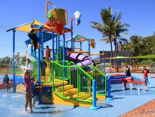 /cairns-coconut-holiday-resort/hotel/cairns-au.html?asq=jGXBHFvRg5Z51Emf%2fbXG4w%3d%3d