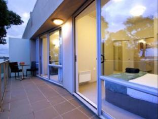 Auckland Takapuna Oaks Hotel Auckland - Balcony/Terrace