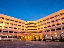 Hotel Riveria: