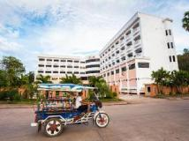 Hotel Riveria: exterior