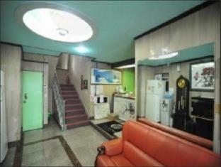 Goodstay Dongrae Oncheon Hotel