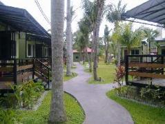 Cheap Hotels in Langkawi Malaysia | Casa Fina Villa