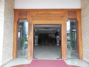 Keomixay Hotel Vientiane - Entrance