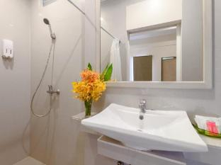 Eazy Resort Phuket - Bathroom