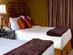 2 francoski postelji