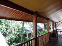Bellevue Bungalow: balcony/terrace