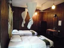 Bellevue Bungalow: guest room