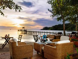 /th-th/the-beach-natural-resort-koh-kood/hotel/koh-kood-th.html?asq=CQJxCrktd2AVOkls1dmTNsKJQ38fcGfCGq8dlVHM674%3d