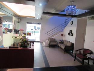Oyster Plaza Hotel Manila - Lobby