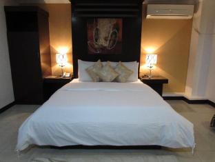 Oyster Plaza Hotel Manila - Family Suite