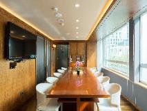 Home Hotel: meeting room