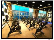 Home Hotel: fitness room