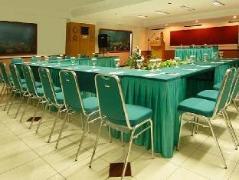 Losari Beach Inn Makassar   Indonesia Budget Hotels